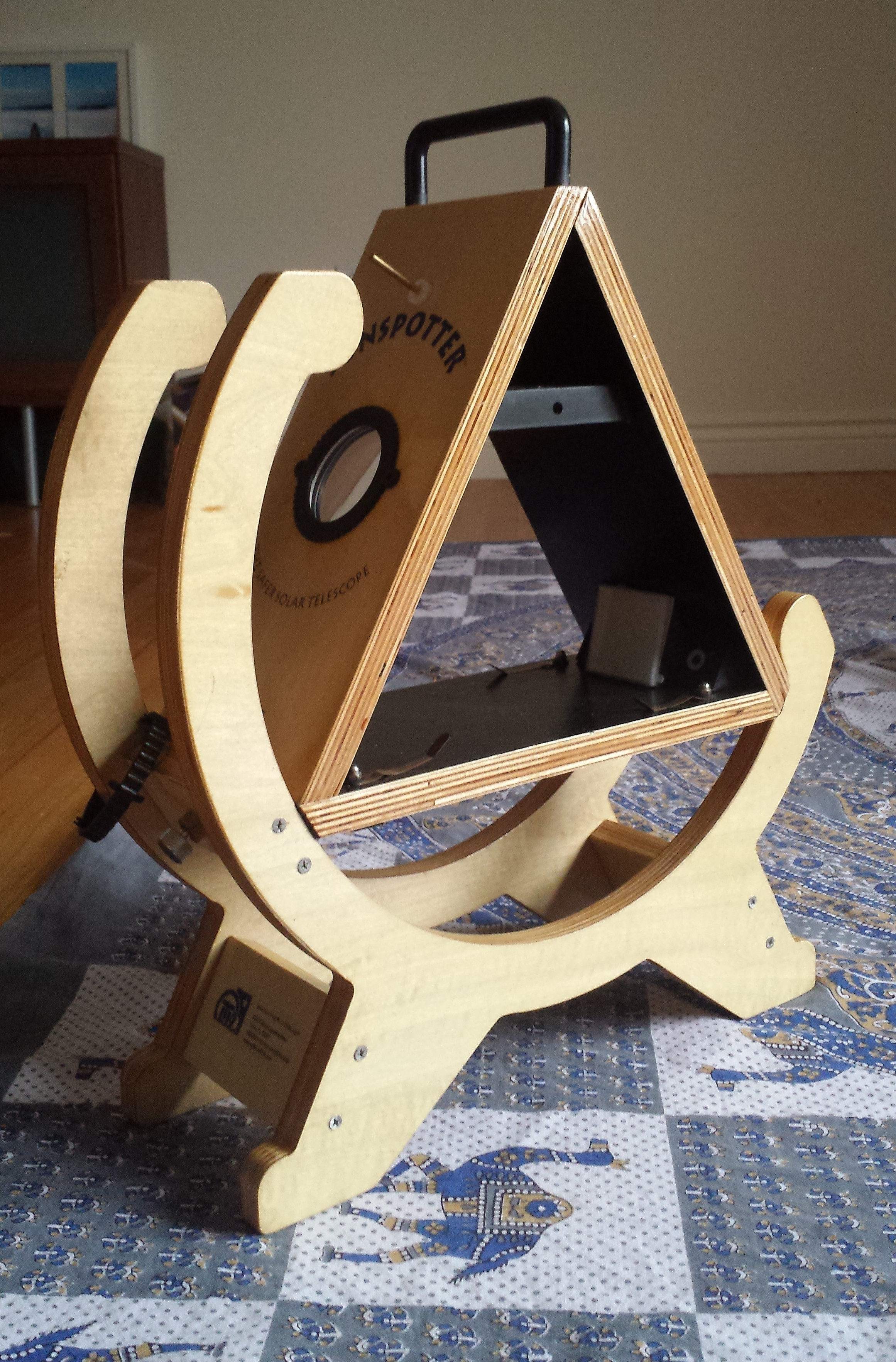 The Galileo Mobile Sunspotter telescope