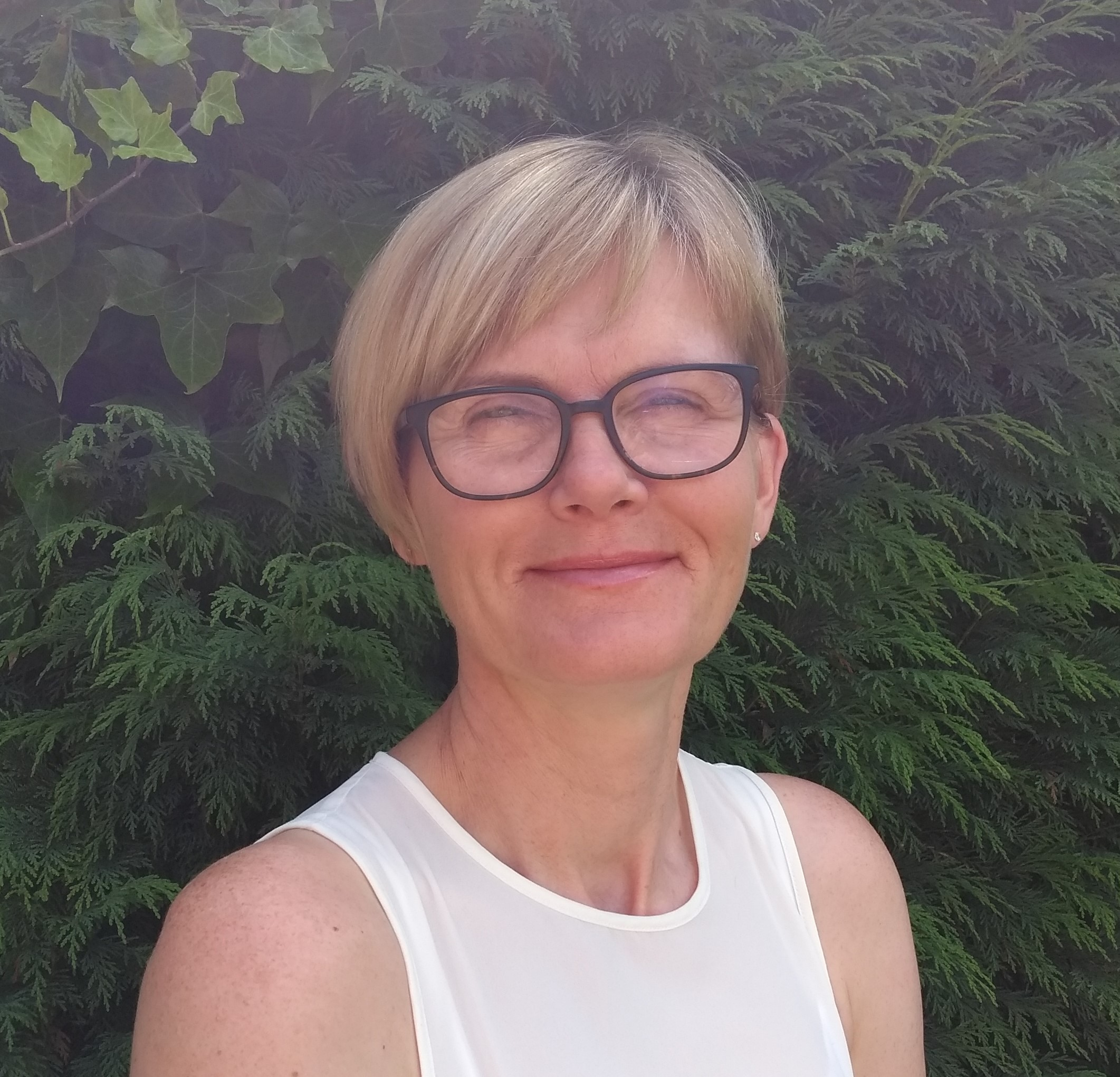 Photo of Catherine Dixon, teacher